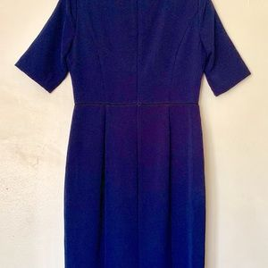 Maggy London Dresses - MAGGY LONDON - DARK BLUE CREPE SHEATH DRESS - 8